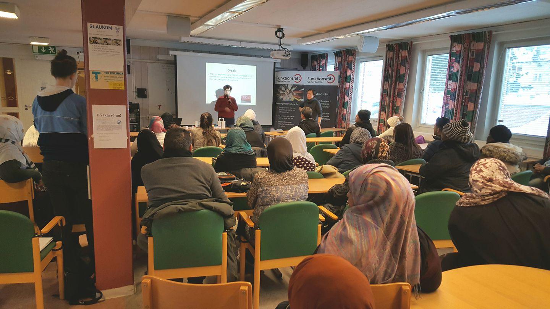 Gunilla Eriksson Umeå lokalavdelning Psoriasisförbundet informerar